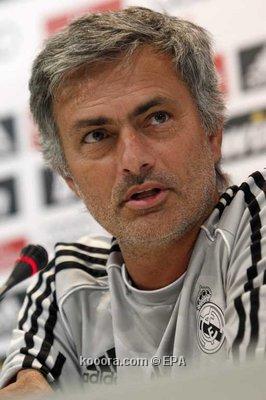 مورينيو مدرب الريال : لن نفوز بأى بطولة فى وجود برشلونة