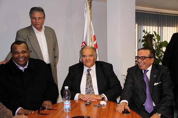 عاجل .. عباس يغادر اجتماع مجلس الإدارة بشكل مفاجئ بسبب الإجهاد