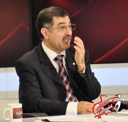 فيديو .. محمود معروف يفتح النار على علاء صادق ويصفه بالمريض النفسى
