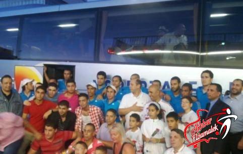 الرسالة الثانية (3.45ظ) : وصول أتوبيس الزمالك الي ملعب الأسكندرية وسط حراسة أمنية مشددة