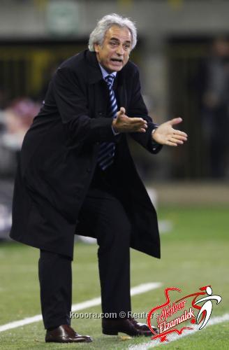 عقم اللاعبين يدفع مدرب المنتخب الجزائري للتلويح باستقالته