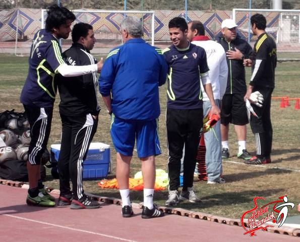 خاص : شحاتة يرفع الحمل التدريبي للاعبي الزمالك .. وعبدالواحد يغيب عن التقسيمة