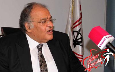 """عباس يعلن تمسك الزمالك بلاعبيه ويؤكد: """"لا فيه إعارة ولا دعارة""""!!"""