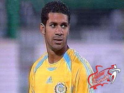 هو ده اللاعب المصري .. عبد ربه يحتج على مدربه بعد استبداله