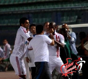شاهد بالصور الحصرية : جنش وانور وجعفر ينقذون شحاته من اعتداء شيكابالا