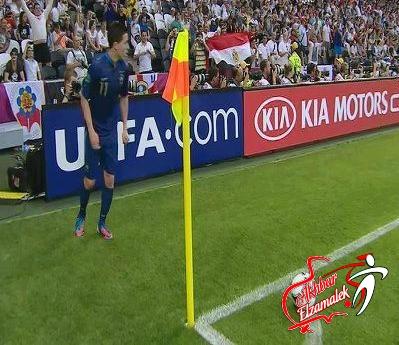 شاهد بالفيديو .. العلم المصري يرفرف في مباراة فرنسا وإنجلترا فى كأس الأمم الأوروبية
