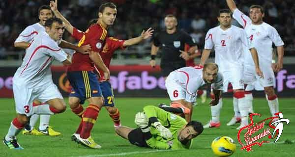 الأسبان يدافعون عن لقب كأس العالم بالفوز على جورجيا