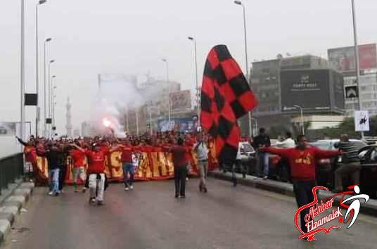 """اشتباكات بين الأمن والألتراس بعد محاولة اقتحام قناة """"دريم"""""""