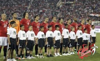 الجزائر : هذا الشخص فقط قادر على تحقيق المعجزة و الوصول بمصر لكأس العالم