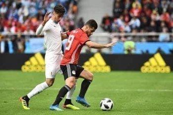 مصر تحرج أوروجواي في نهاية الشوط الاول من كأس العالم بروسيا