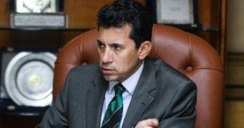 وزير الرياضة يكشف كواليس أزمة انسحاب الزمالك