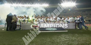 بالفيديو والصور الرجاء المغربي بطلا لكأس الكونفدرالية الإفريقية