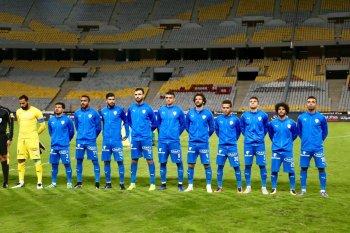 بالصورة | الجماهير المغربية تحيي لاعبي الزمالك بعد صلاة الجمعة