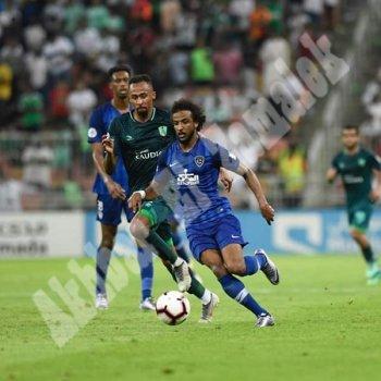بالصور المعيوف يقود الهلال السعودي لنهائي كأس زايد بعد مباراة مجنونة