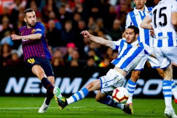برشلونة على أعتاب حسم الليجا الإسباني  بفوز جديد