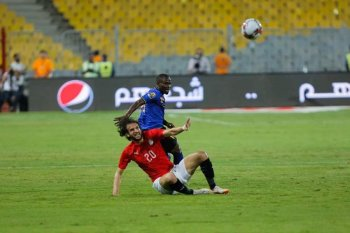 بالفيديو  ..مصر تتقدم على غينيا وزيمبابوى تواصل النتائج الإيجابية