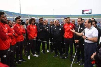 المنتخب يختتم التدريب فى برج العرب ورمزى يكشف سر ازمة شارة صلاح وظهور الصورة الرسمية