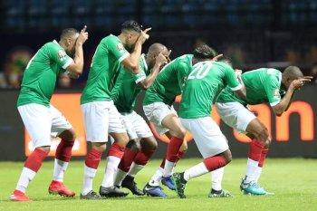بالصور .مدغشقر توقف افيال غينيا  فى مباراة درامية  يحضور نجما المقاصة وليفربول