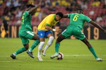 بالفيديو | شاهد السنغال تحرج البرازيل في مباراة ساخنة