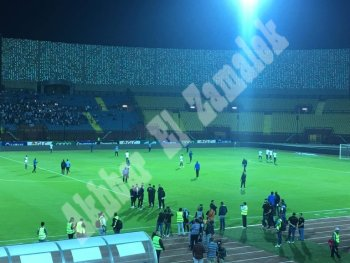 بالصور جماهير الزمالك تتوافد على ملعب السلام قبل مواجهة جينيراسيون .. ووصول لاعبي الفريقين