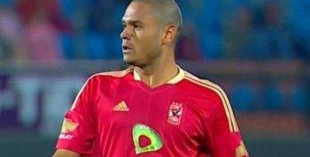 لاعب الأهلي يعود للملاعب بعد اعتزاله عقب مذبحة بورسعيد 2012
