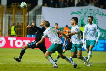 بيراميدز يخطف فوز مثير من المصري في الكونفدرالية
