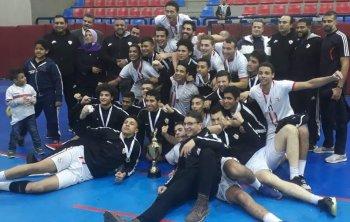 بالصور .يد الزمالك بطل كأس مصر للشباب