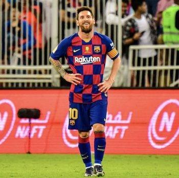 ميسي يمنع إدارة برشلونة من إقالة فالفيردي