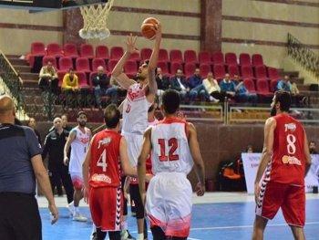 عبدالفتاح يكشف حقيقة زي فريق السلة ببطولة الأفرولييج