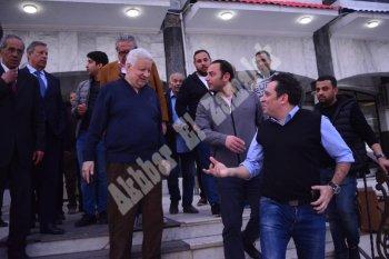 بالصور .. مرتضي منصور  يرحب بوفد الترجي التونسي .. ويصطحبهم بجولة داخل الزمالك