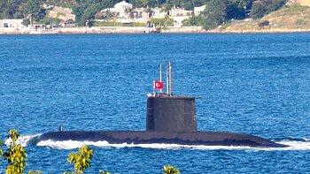 """غواصة تركية .. تتوه امام سواحل ليبيا  . هاشتاج """" اردوغان ابو غواصه تايهة """" يقلب تويتر بكوميكسات جااامدة"""