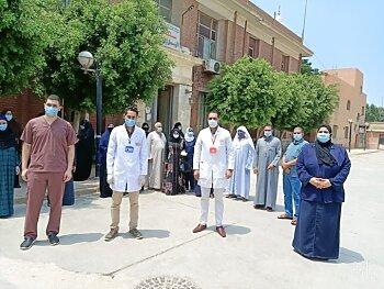 بيان وزارة الصحة اليوم ..تعرف على اعداد المصابين بفيروس كورونا وطبيب رمد يكشف طرق  إنتقال الوباء عن طريق  العين