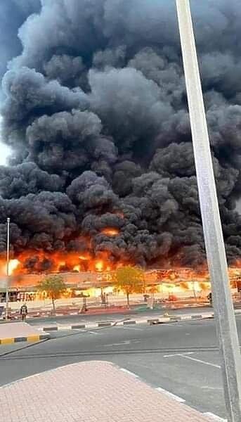انفجارات بيروت   ..الكشف عن عدد الضحايا والمفقودين ..والسيطرة على حريق سوق عجمان بالإمارات   صور