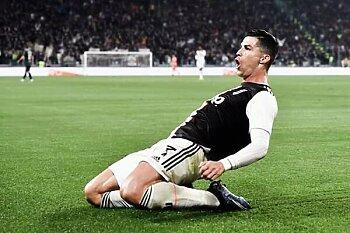 اخبار عالمية ..ذبح 50 فى ملعب كرة قدم  ..إعتذار الفيفا  ..يوفنتوس يبيع رونالدو ..موعد خروج مارادونا من المستشفى .مدة غياب فاتي