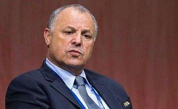 مغربي يهدد بقاء  منصب هاني أبو ريدة داخل الفيفا