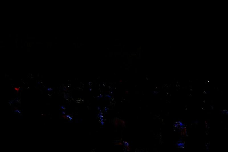 بدء توافد الجماهير على نادي الزمالك للاحتفال بالدوري (تصوير: سارة عبدالباقي)