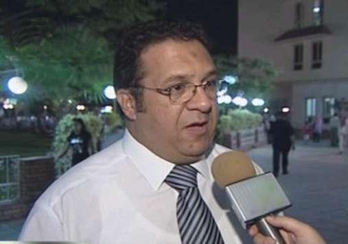فيديو .. إبراهيم : عباس سيستكمل مدته .. والمستشار عصبى على طول