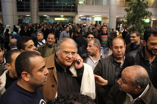خاص .. عباس يبدأ مهمته مع الزمالك بـ3 جلسات مع الإدارة والألتراس وحمدى