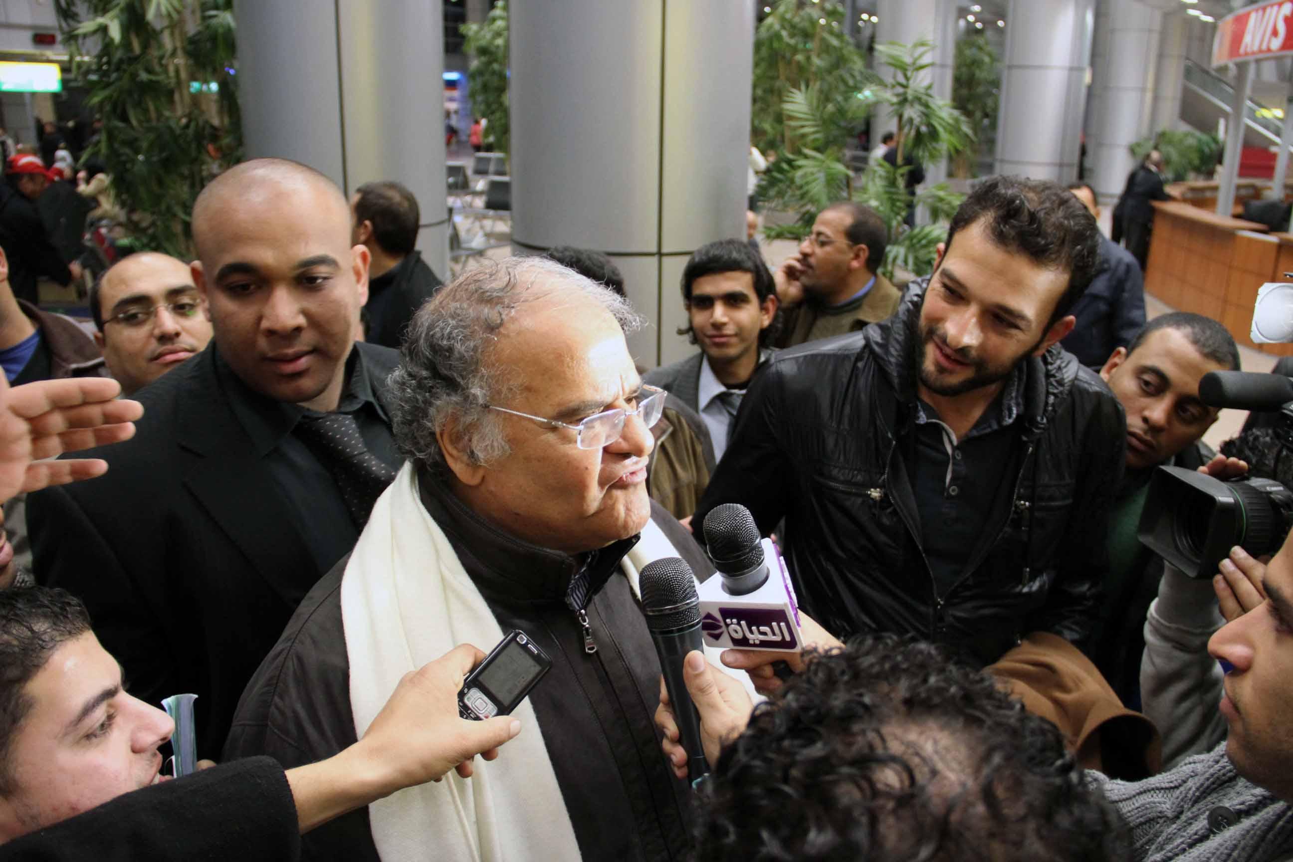 """انفراد .. """"أخبار الزمالك"""" يكشف تفاصيل جلسة عباس مع اللاعبين والجهاز الفني اليوم"""