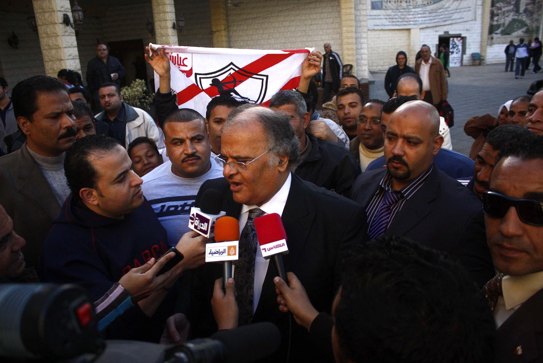 عباس يدعو رموز الزمالك لمؤازرة الفريق أمام تليفونات بنى سويف