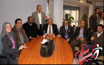 مشادة حامية بين عباس وجاسر تلغي اجتماع إدارة الزمالك