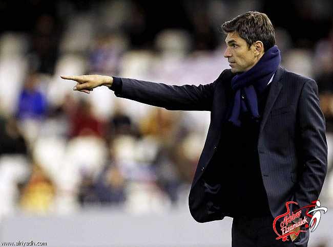 فالنسيا يقيل مديره الفني الأرجنتيني بيليجرينو