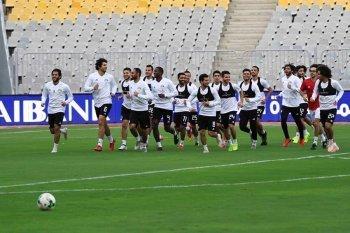 بالصورة منتخب مصر يختتم تدريباته قبل مواجهة نسور قرطاج