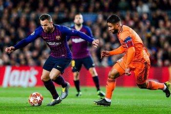 برشلونة يكتسح  ليون فى ليلة تألق ميسى