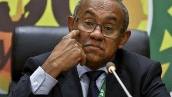 مفاجأة | رئيس الكاف يخطط للإطاحة بمصر