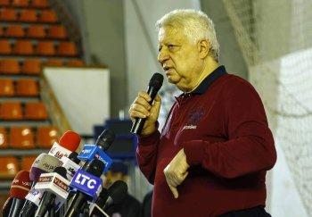 مرتضى منصور يوجه 3 انذارات للاعبي الزمالك قبل السفر للمغرب