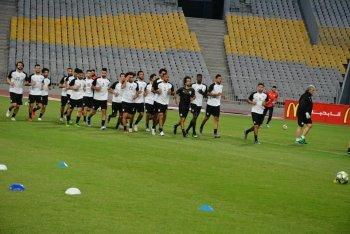 بث مباشر | مفاجآت جديدة في تشكيل منتخب مصر المتوقع أمام غينيا والظهور الاول لنجم الزمالك
