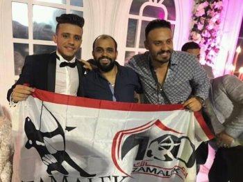 عريس الزمالك مصطفى فتحي يحتفل بذكرى الفوز على الاهلى يوم زفافه