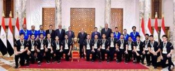 وزارة الشباب والرياضة ترفع مكافآت الفوز لمنتخب  الشباب أبطال مونديال اليد