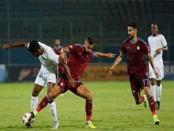 انبهار كابتن  انجلترا  السابق من هذه اللقطة التاريخية في مباراة بالدوري المصري